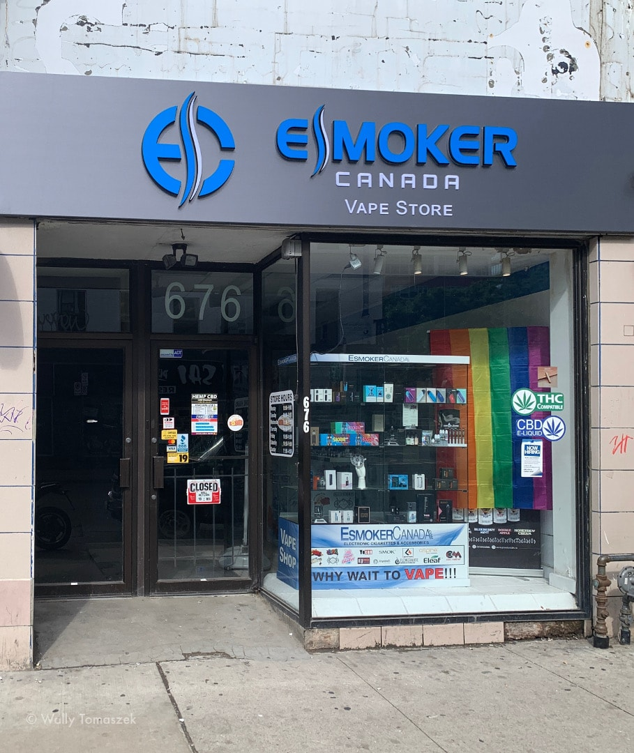 E smoker sign by Signarama Toronto