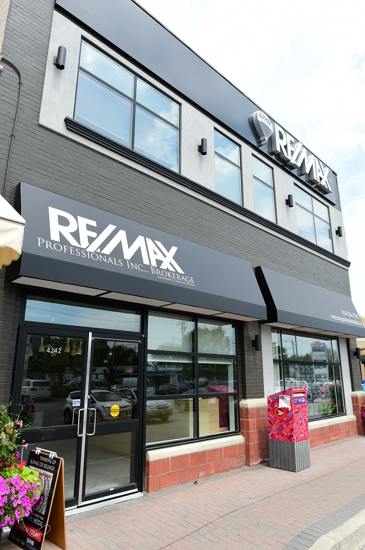 remax channel letters by Signarama Toronto