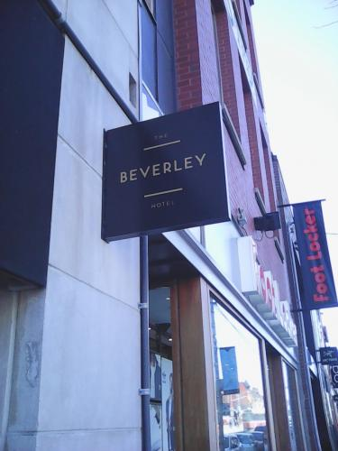 the Beverly Hotel - blade sign - Copy-min